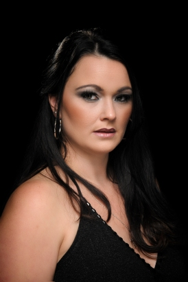 Laura Brady - Female Vocals / Percussion